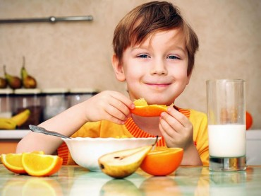 7 Superfoods to Boost any Kid's Diet